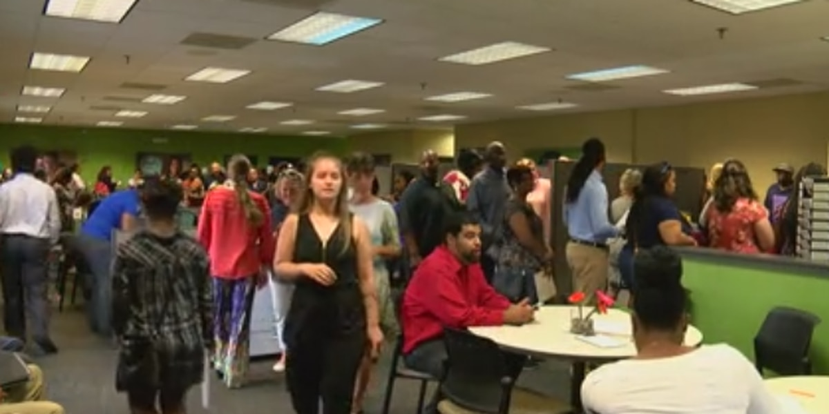 Hundreds of people attend Columbus job fair for Ft. Benning MWR