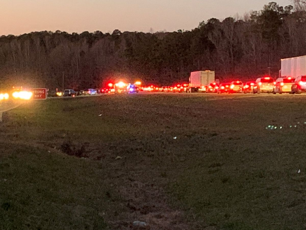 UPDATE: Woman dies following vehicle accident on Hwy. 280 near Opelika