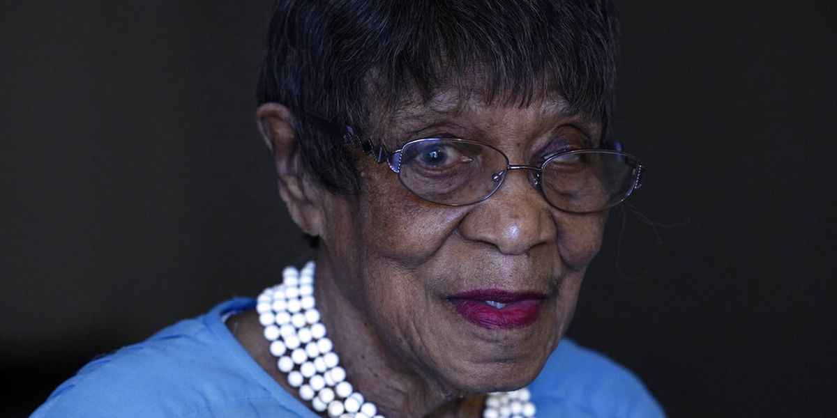 Voting history of Detroit woman, 103, dates back to FDR