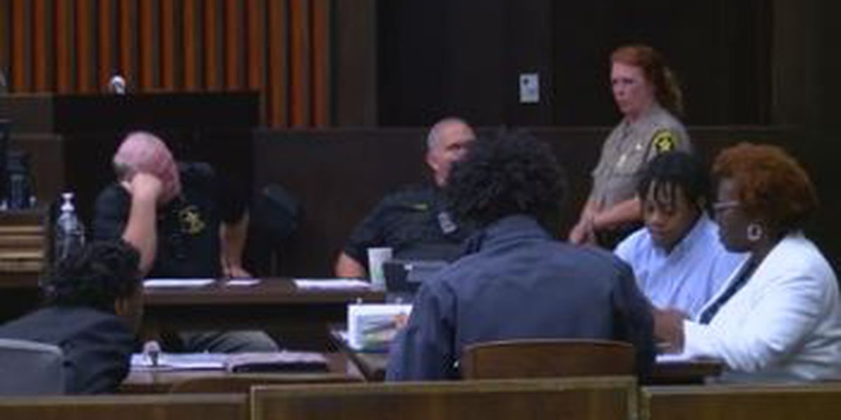 Trial begins in Columbus for teens charged in deadly shooting on Curry St.