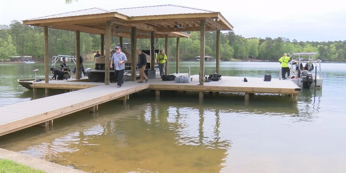 Apparent drowning victim recovered at Lake Martin