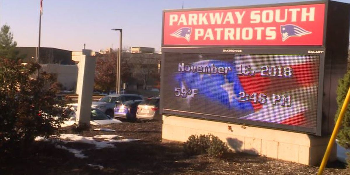 Substitute teacher claims he was banned for thanking students who stood for Pledge of Allegiance