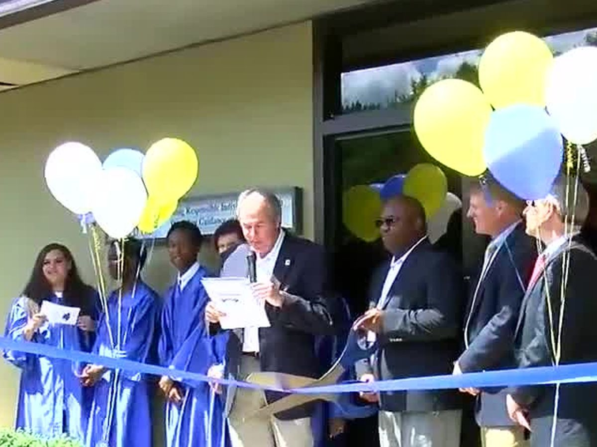 Goodwill holds ribbon cutting for GED, life skills program