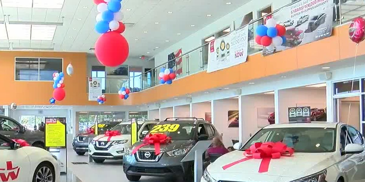 Headquarter Nissan honors military members during Memorial Day Weekend