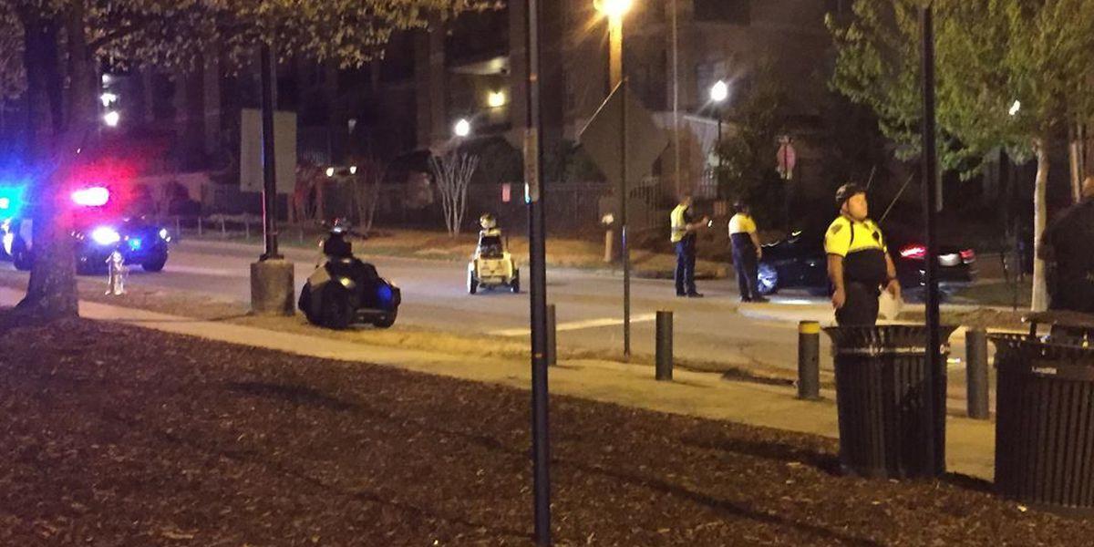 Auburn University student struck by pick-up truck near Magnolia Ave.