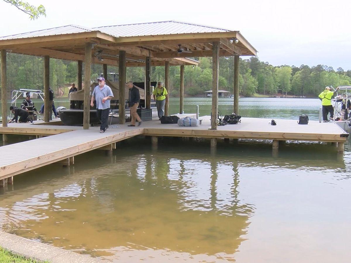 Apparent drowning victim recovered at Lake Martin