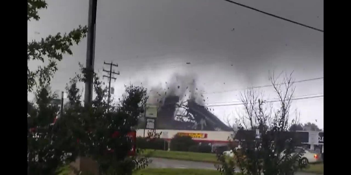 Tornado rips roof, damages buildings in VA