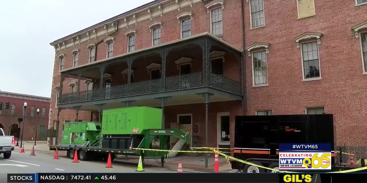 Water removed from Springer Opera House in Columbus following flooding; damage being assessed