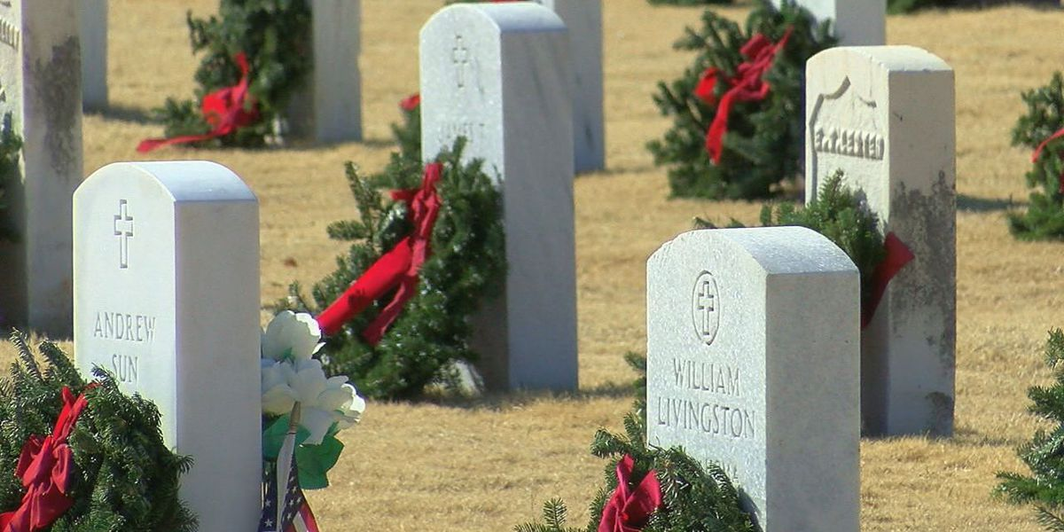 Wreaths Across America honor fallen veterans at Fort Mitchell National Cemetery