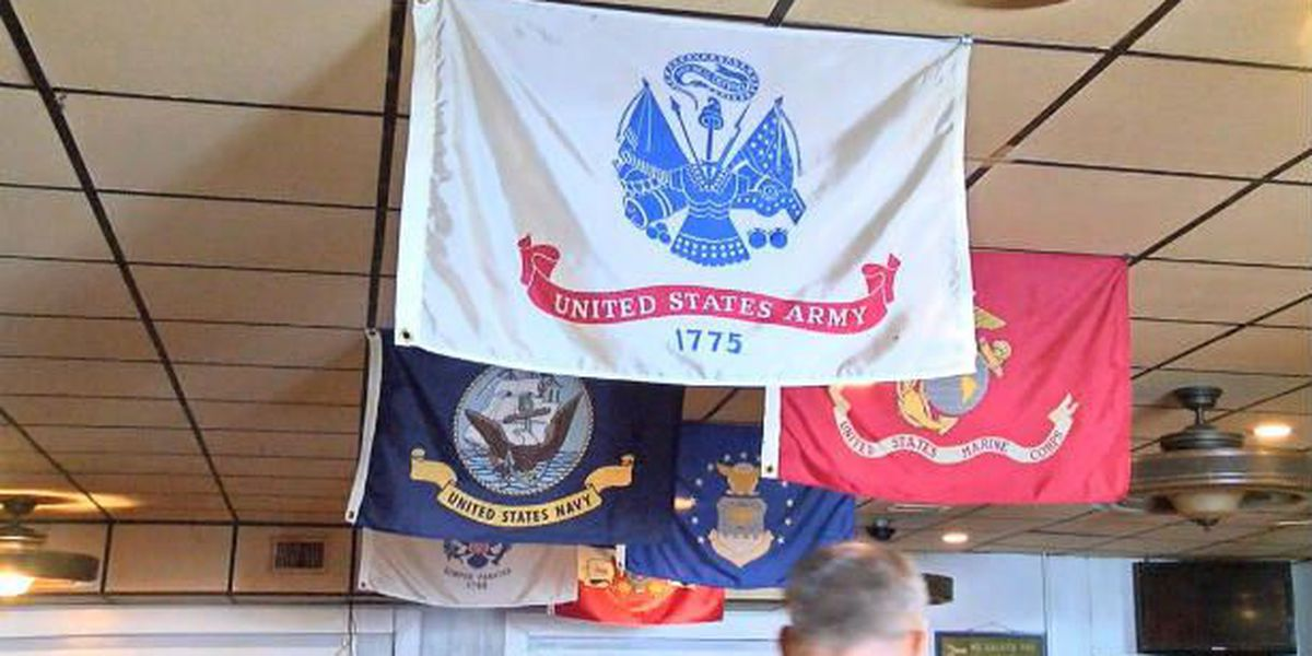 Hospitalized veterans enjoy early Thanksgiving meal from VFW Post 5228