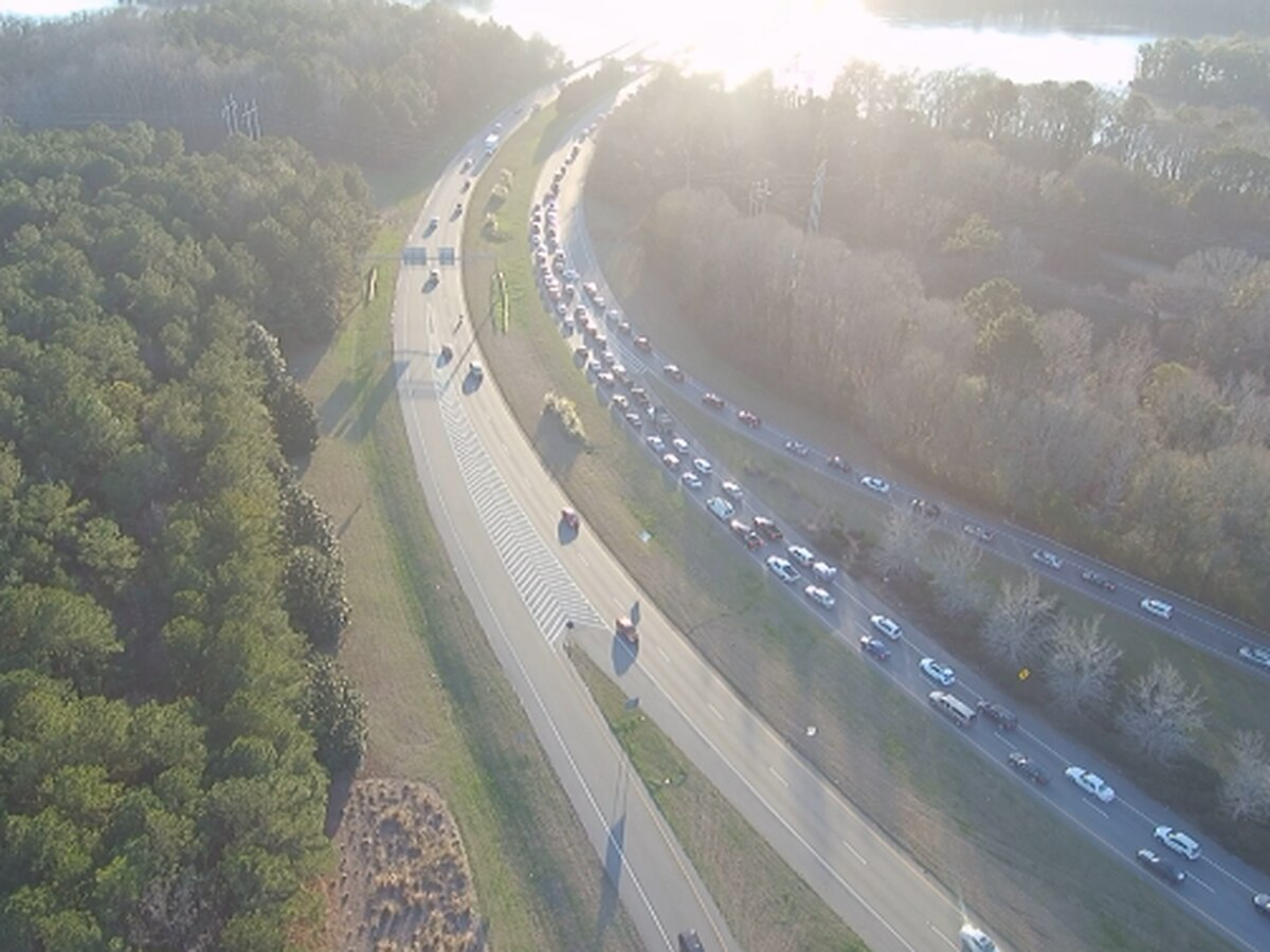 TRAFFIC ALERT: Traffic delayed following vehicle accident on JR Allen Pkwy. in Columbus