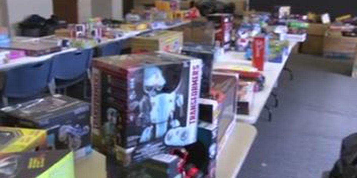 Holiday toy drive underway in Auburn
