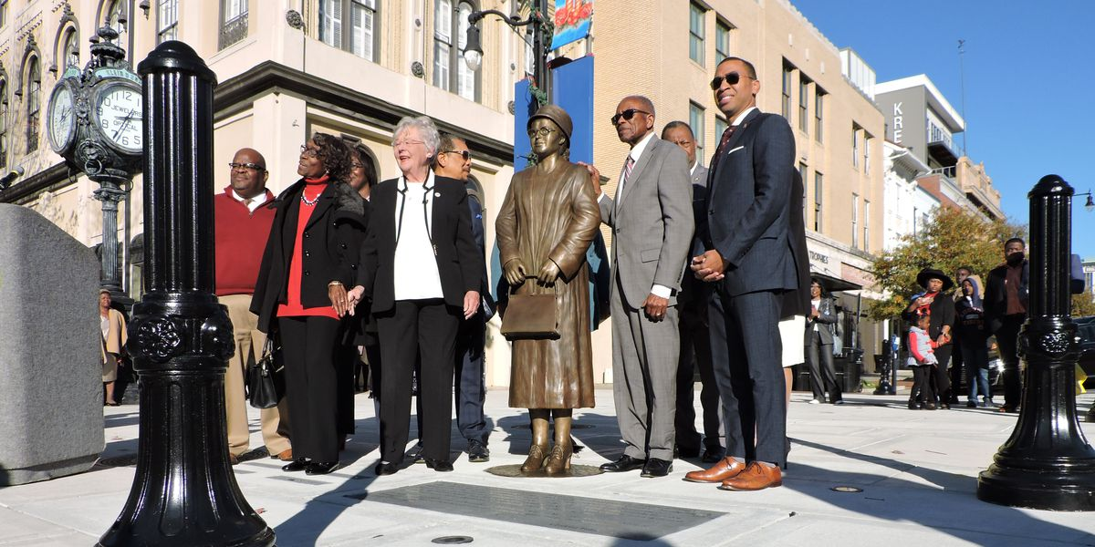 Statue honors Rosa Parks, Civil Rights foot soldiers in downtown Montgomery