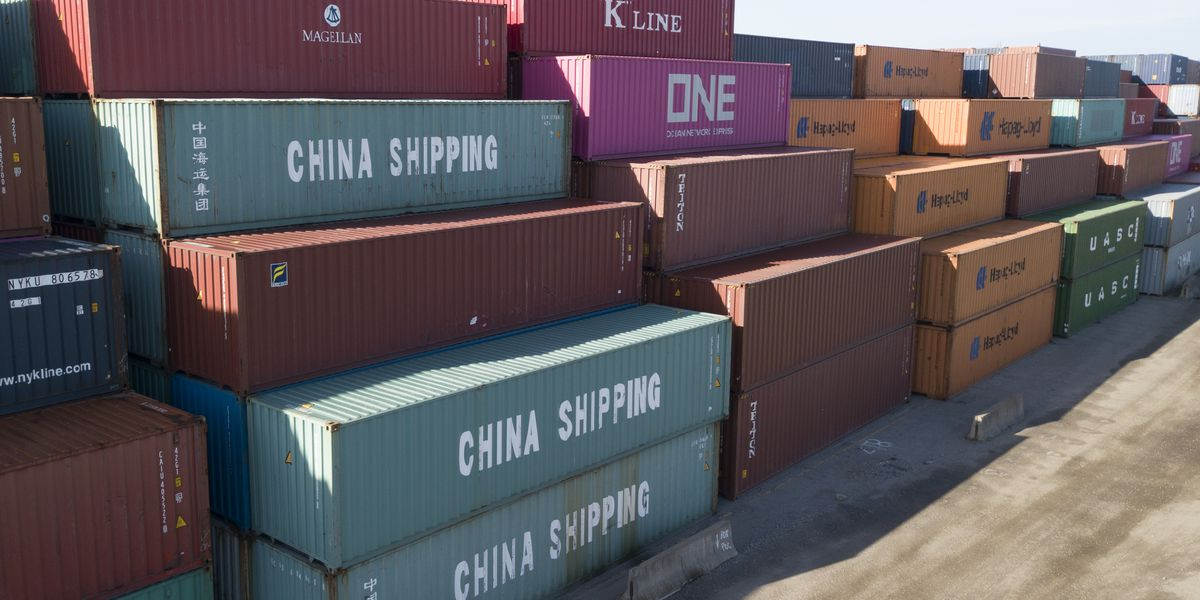 US-China relations near new low amid trade battle
