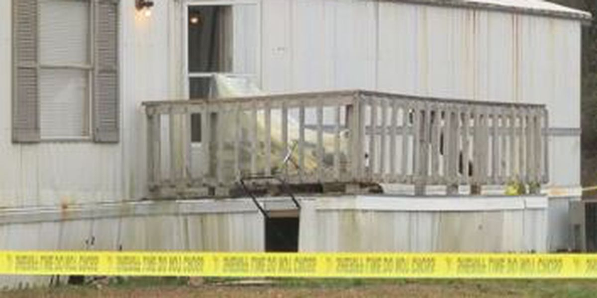 UPDATE: Man ID'd after being found shot to death in Lee Co. mobile home