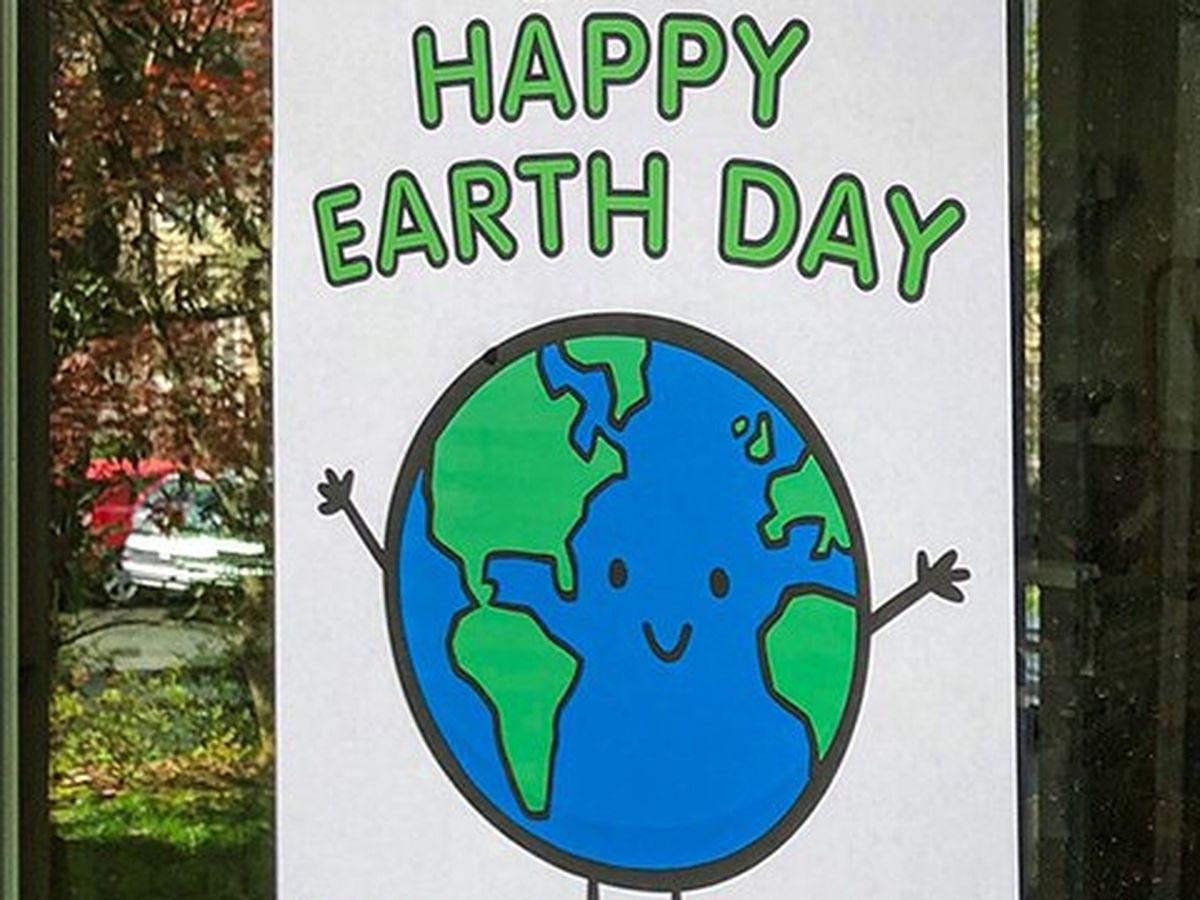 Keep Columbus Beautiful hosts nature walk at Cooper Creek Park to honor Earth Day
