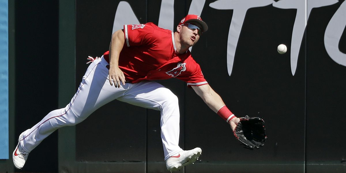 Trout, Angels close to record $432M, 12-year deal, AP source says