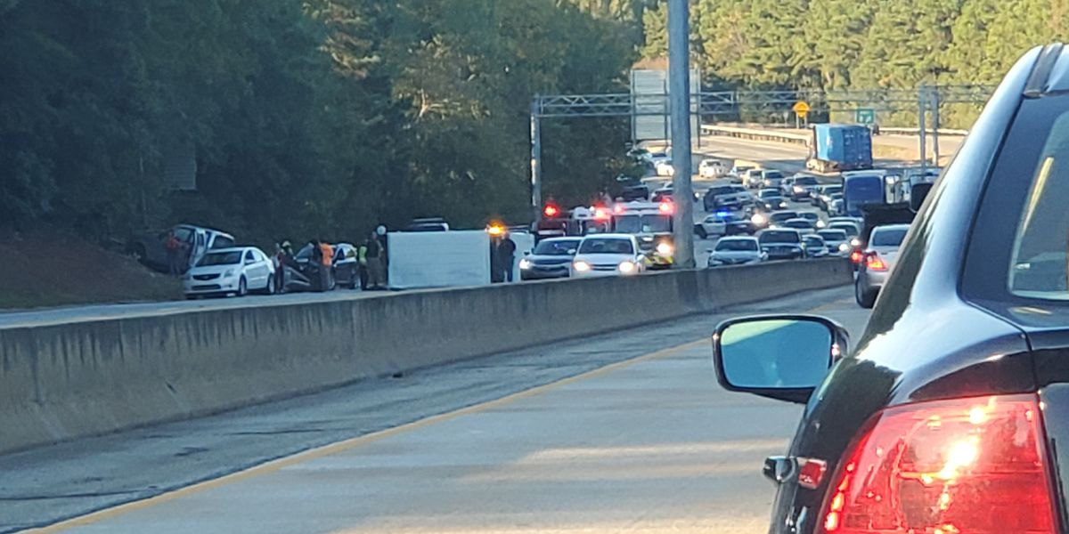 First responders clear scene of multi-vehicle accident on I-185 in Columbus