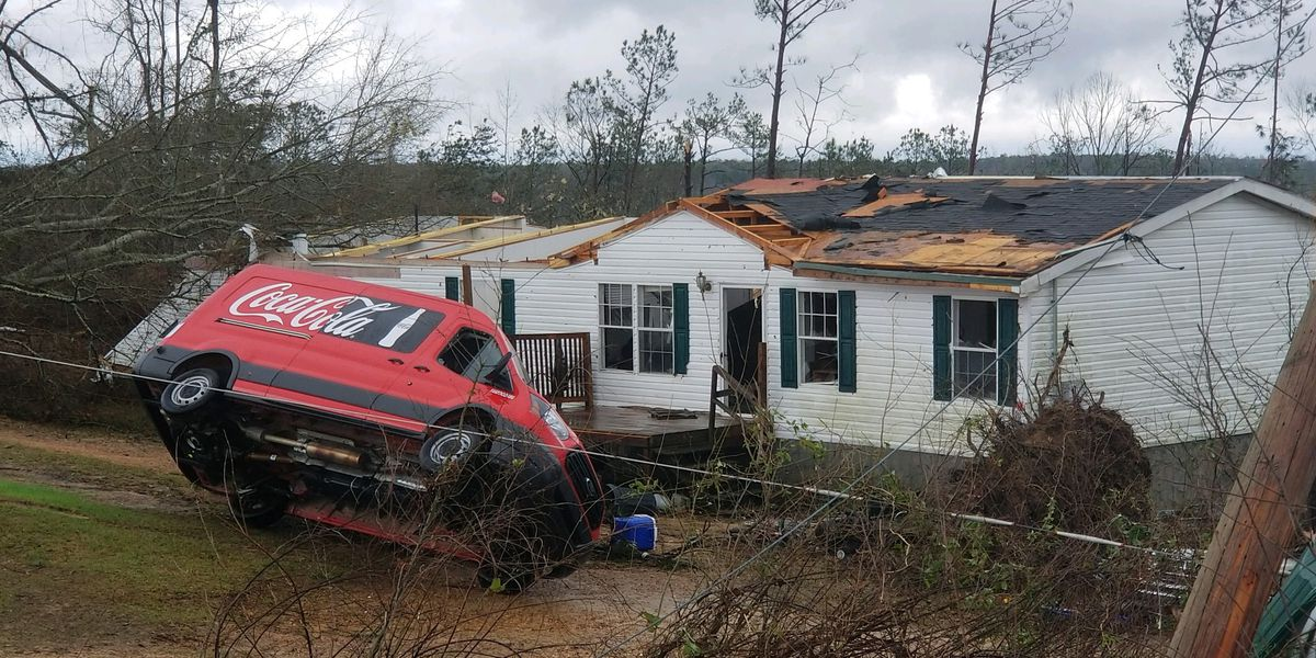 Two people reported dead, others hurt in tornadoes in Southeast Alabama