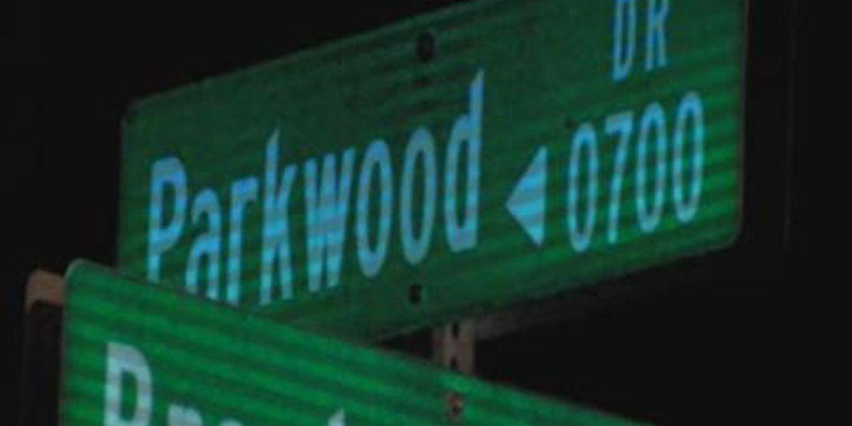 UPDATE: Police say teen injured in shooting on Parkwood Drive