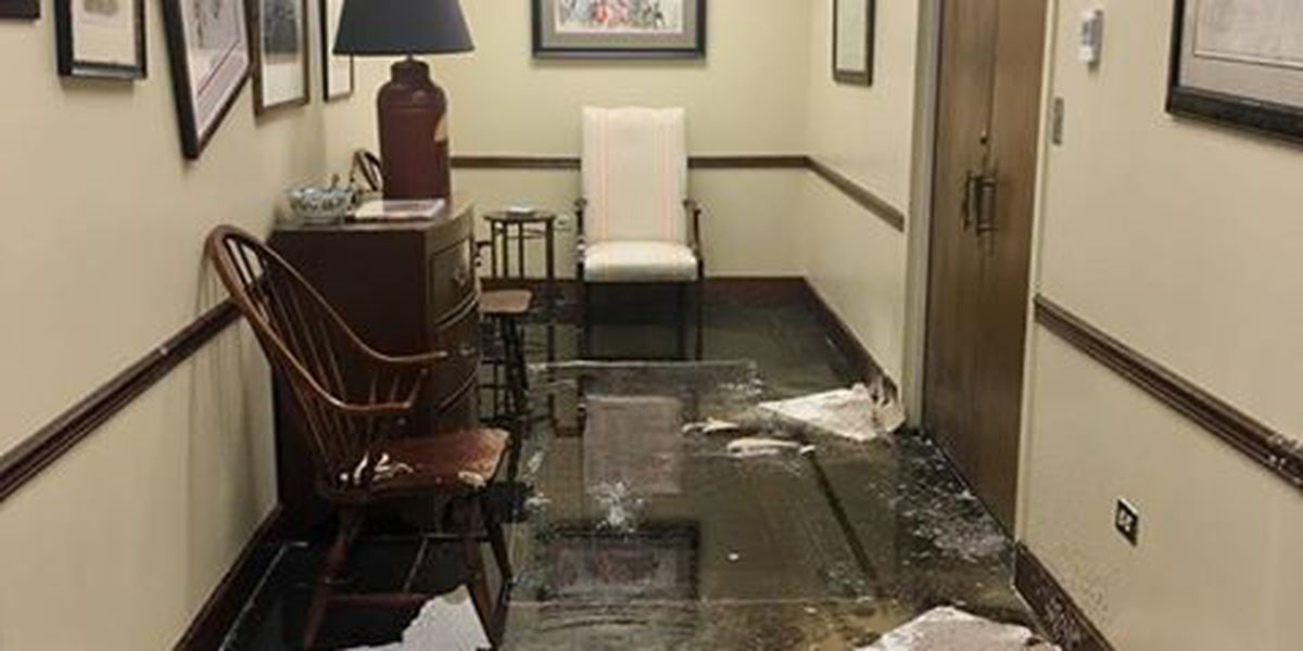 More than 36K gallons of water floods Columbus Government Center