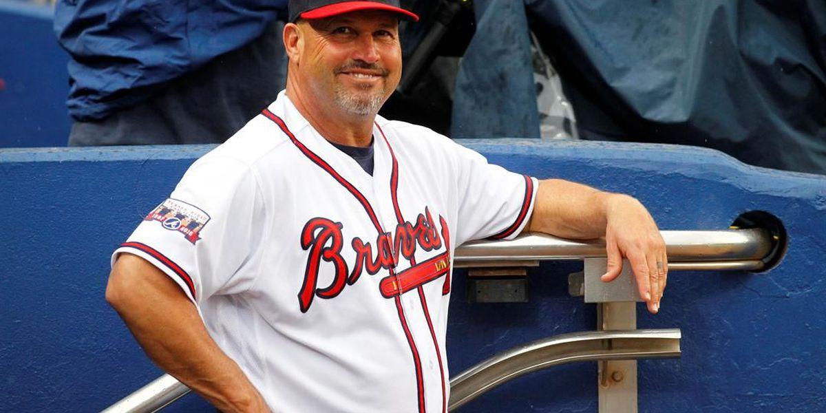 Atlanta Braves fire manager Fredi Gonzalez after 9-28 start