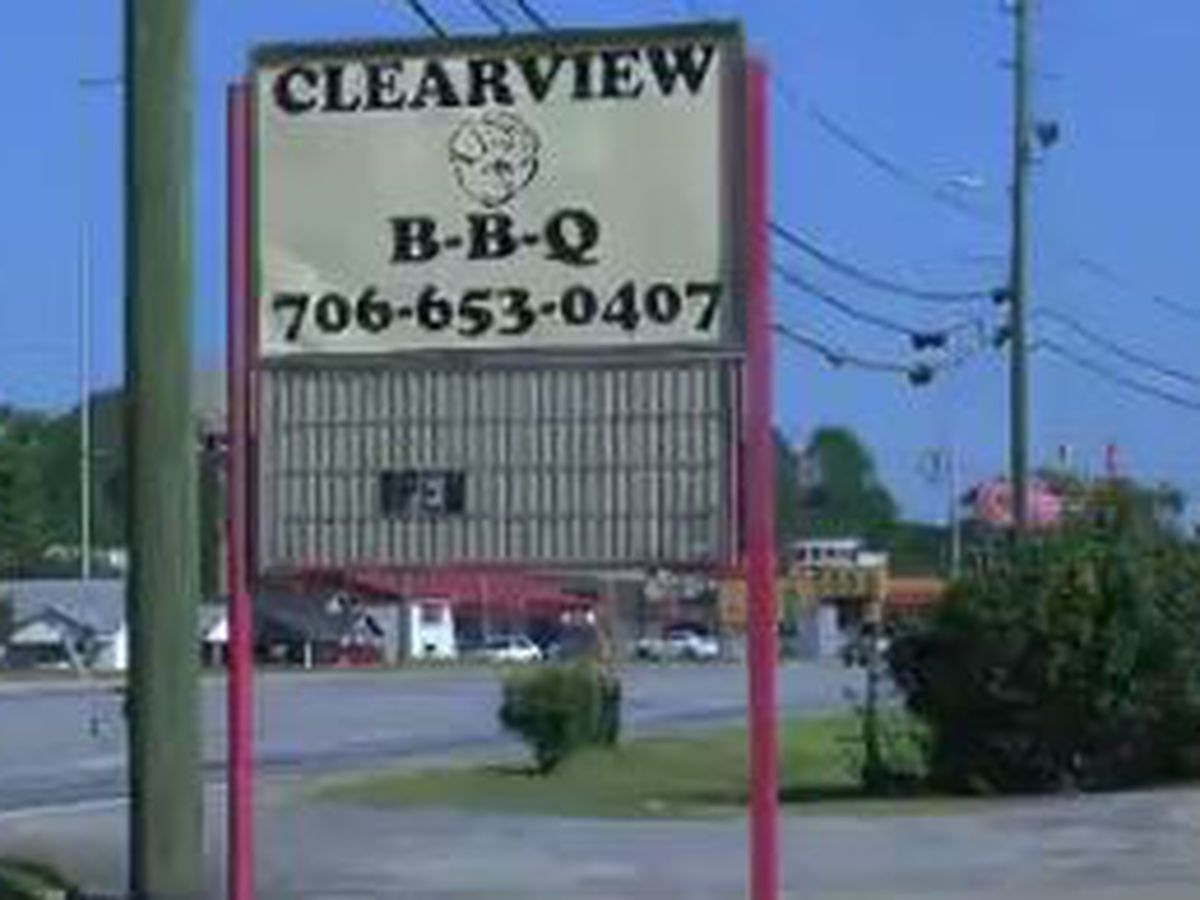 Clearview BBQ in Columbus reopens after small fire