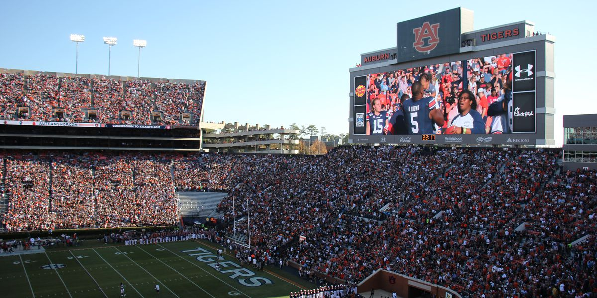 GALLERY: Auburn and Alabama face off in the Iron Bowl at Jordan-Hare Stadium
