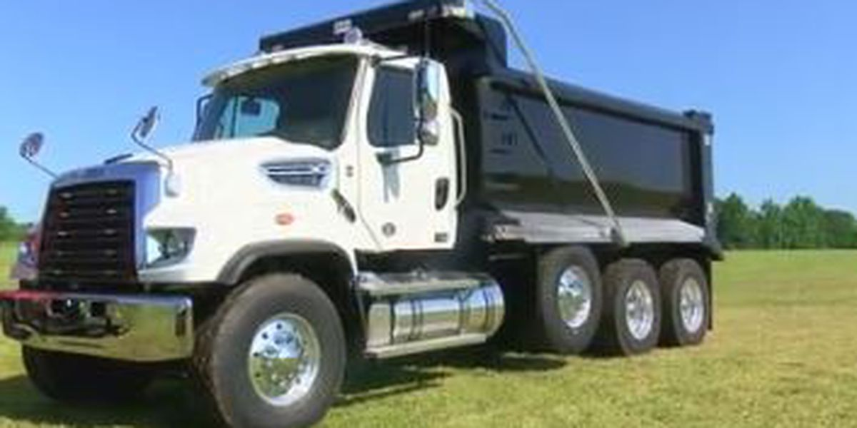 City of Valley celebrates groundbreaking of Four Star Freightliner