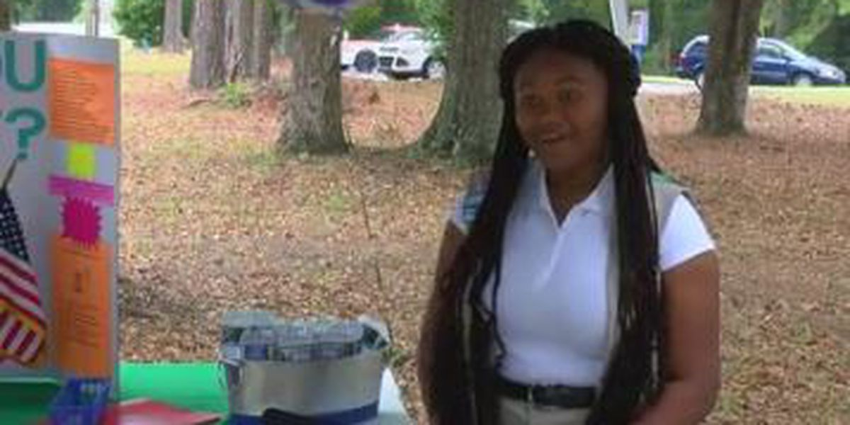 Girl Scout dedicates garden in memory of teacher who died from breast cancer