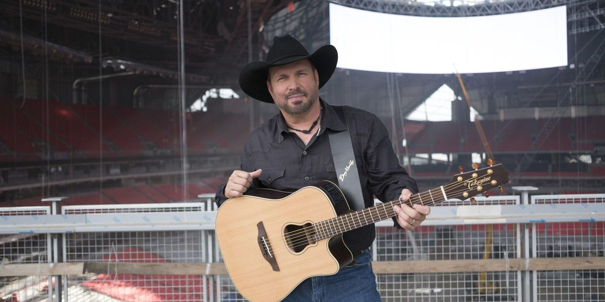 Garth Brooks to headline first concert in Mercedes-Benz Stadium this fall