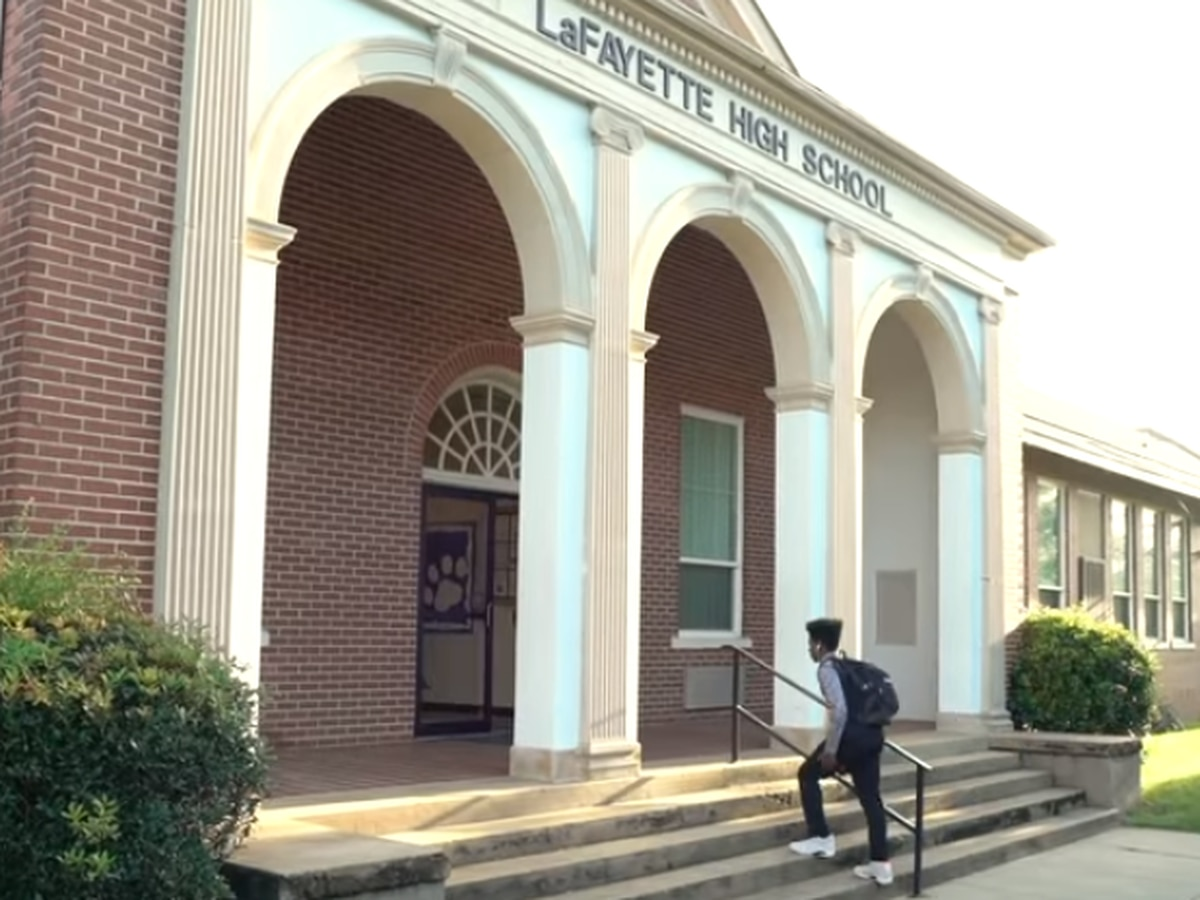 VIDEO: Community leaders are considering a consolidation of schools in Chambers County
