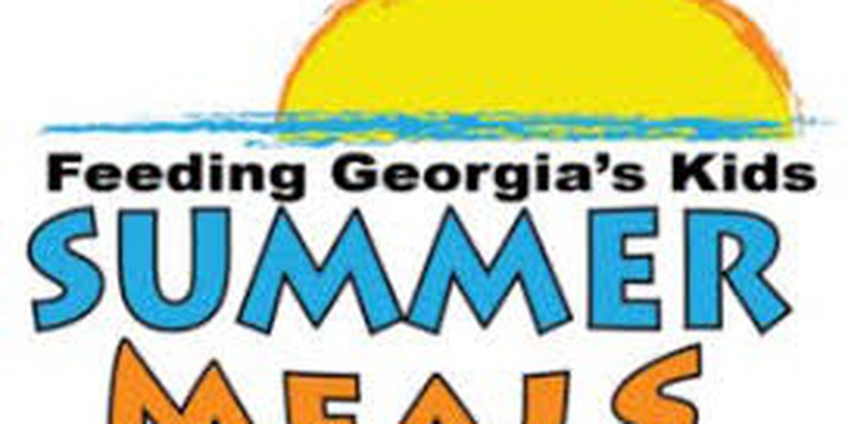 Summer feeding program providing free meals to children in Harris Co.