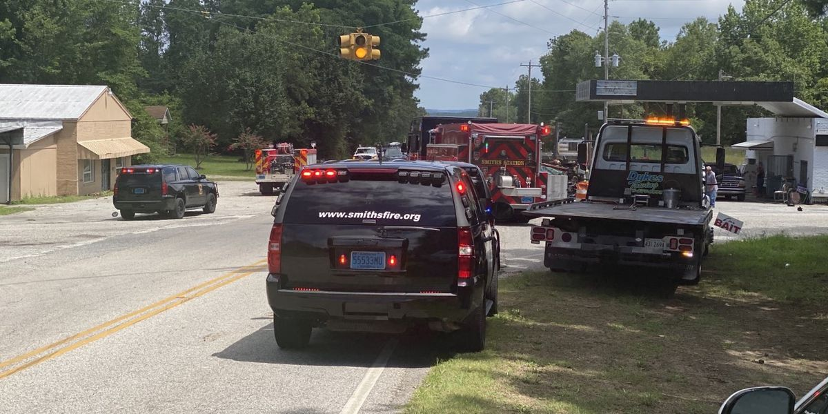 UPDATE: Marietta woman dead in crash with 18-wheeler in Lee County