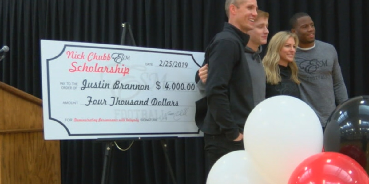 NFL star, former UGA Bulldog presents scholarship to Marion Co. senior