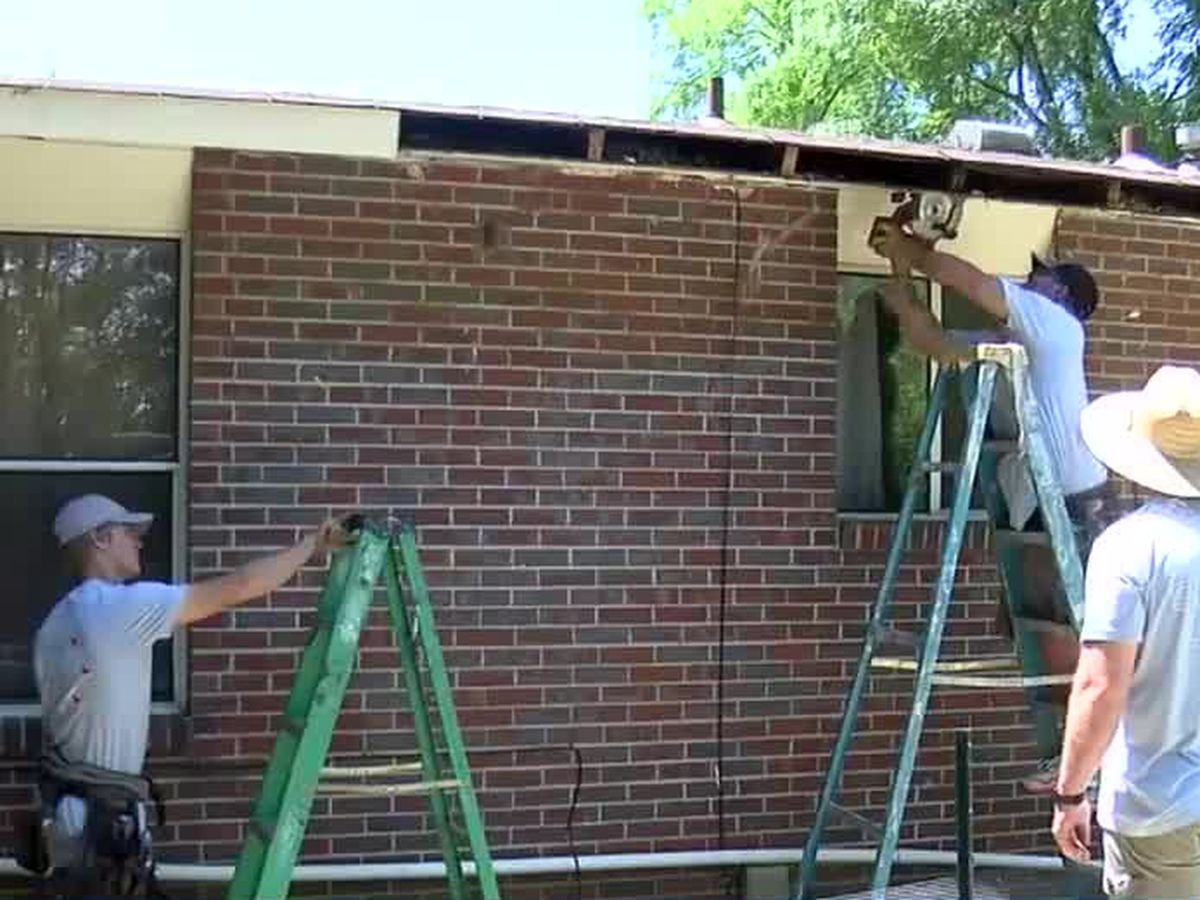 Volunteers help repair disabled veteran's home in Columbus