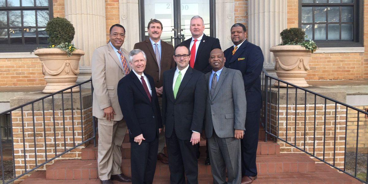 Mayor of LaGrange, city council members sworn into office