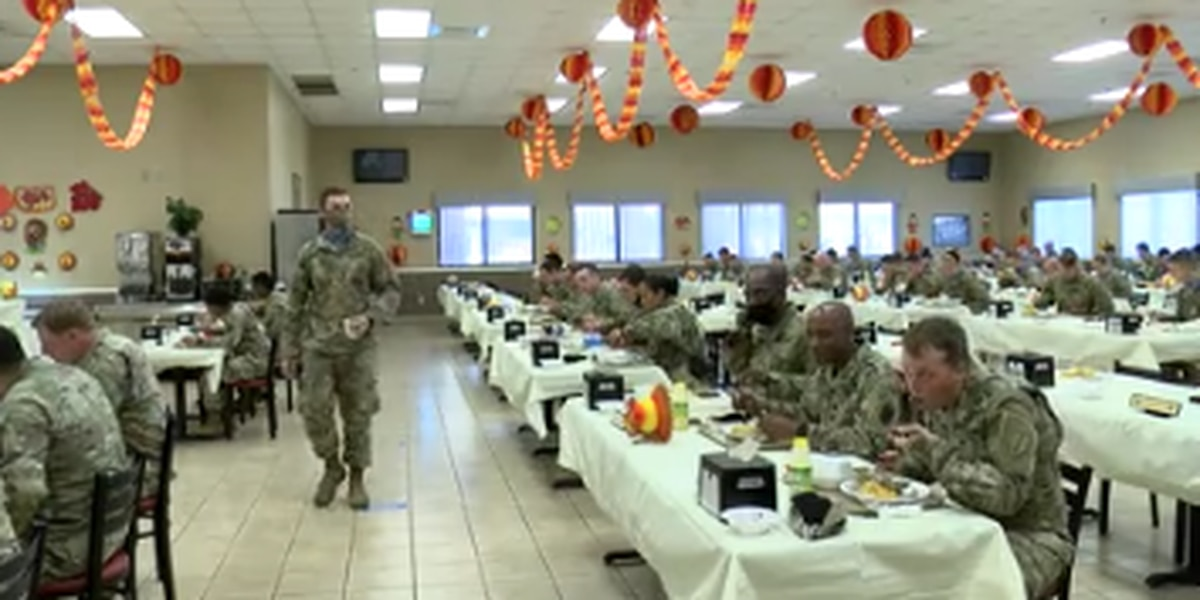 Soldiers at Ft. Benning served meal for Thanksgiving holiday