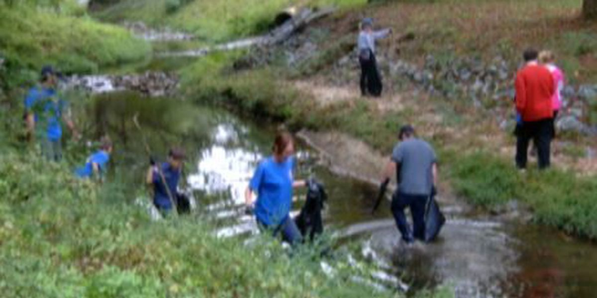 Volunteers clean-up waters along the Chattahoochee River