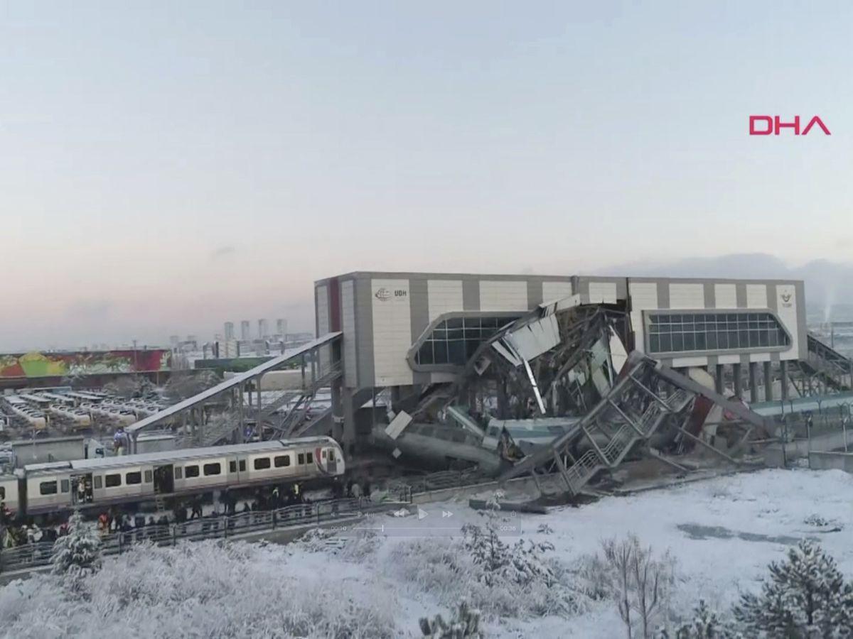 The Latest: Death toll in Turkey train crash rises to 7