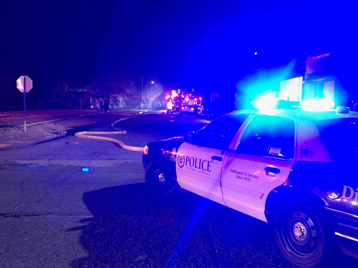 Fire crews responding to house fire near 4th Ave. in Columbus
