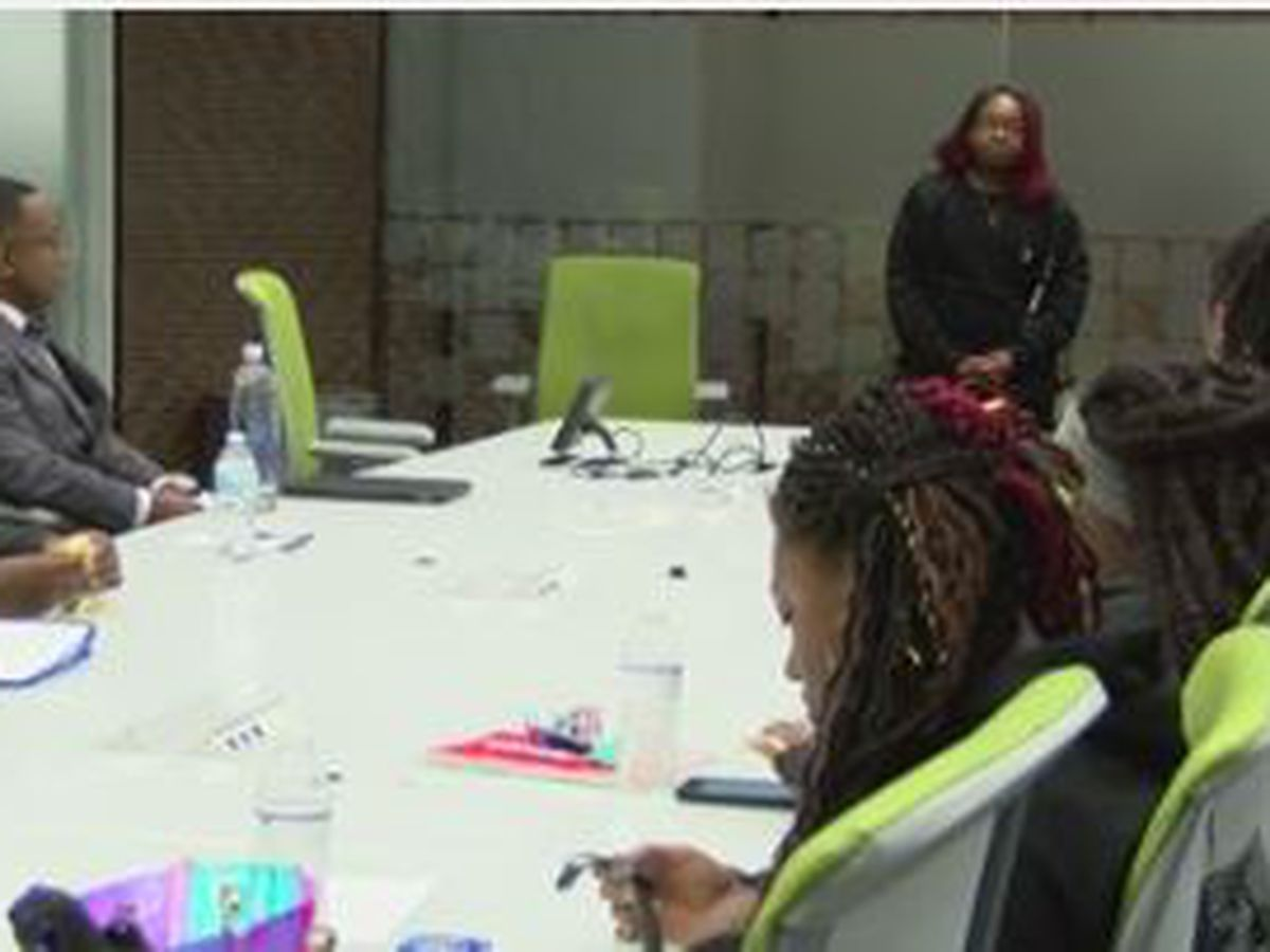 Boys & Girls Club Youth of the Year candidates attend training session with TSYS mentors