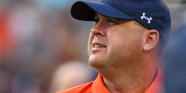 Offensive coordinator Chip Lindsey leaving Auburn, expected to coach at Kansas