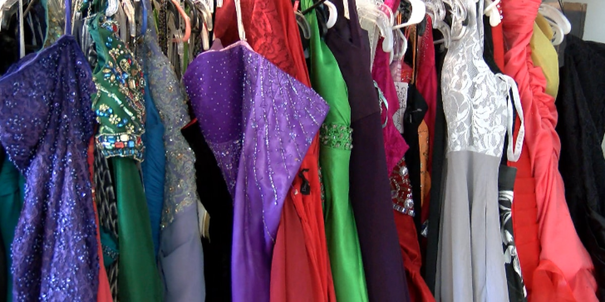 "Harris Co. High School students can ""shop"" for free prom dresses"