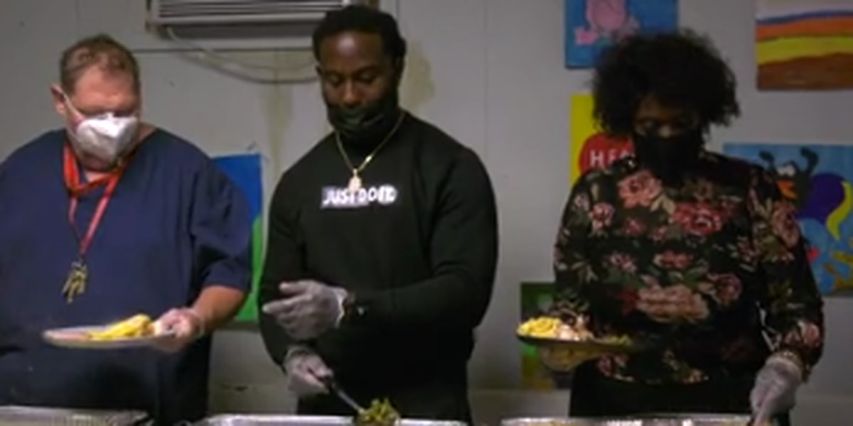 Carver High grad, NFL player partners with SafeHouse Ministries for Thanksgiving meal giveaway