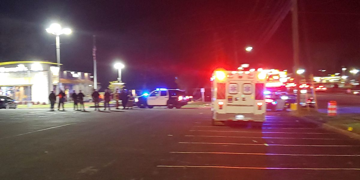UPDATE: Scene cleared after reports of bomb threat at McDonald's restaurant in Columbus