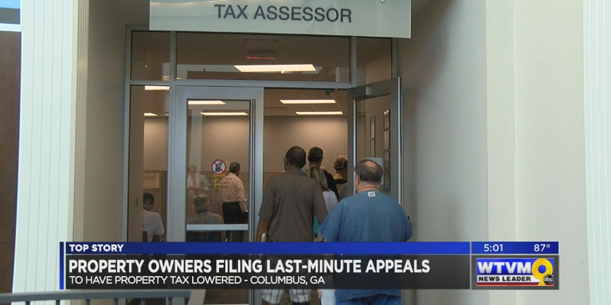 Taxpayers flood City Services Center to file appeals before deadline
