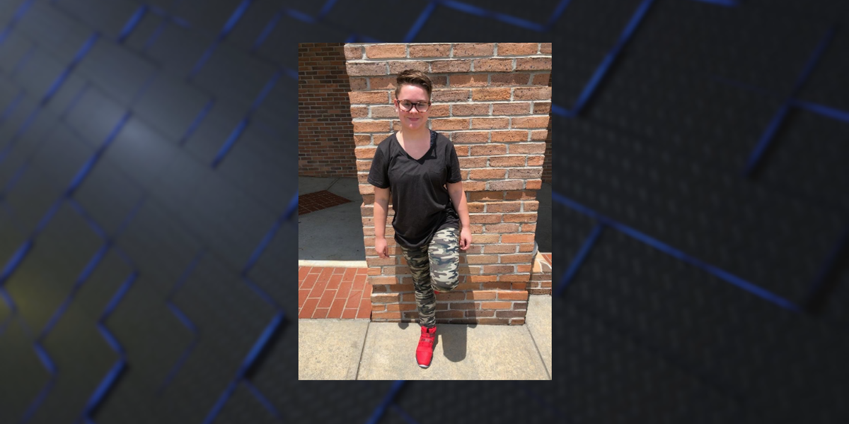 Columbus police searching for missing teen last seen with older man