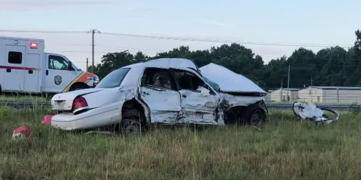 Auburn man dies in three-vehicle crash Saturday morning