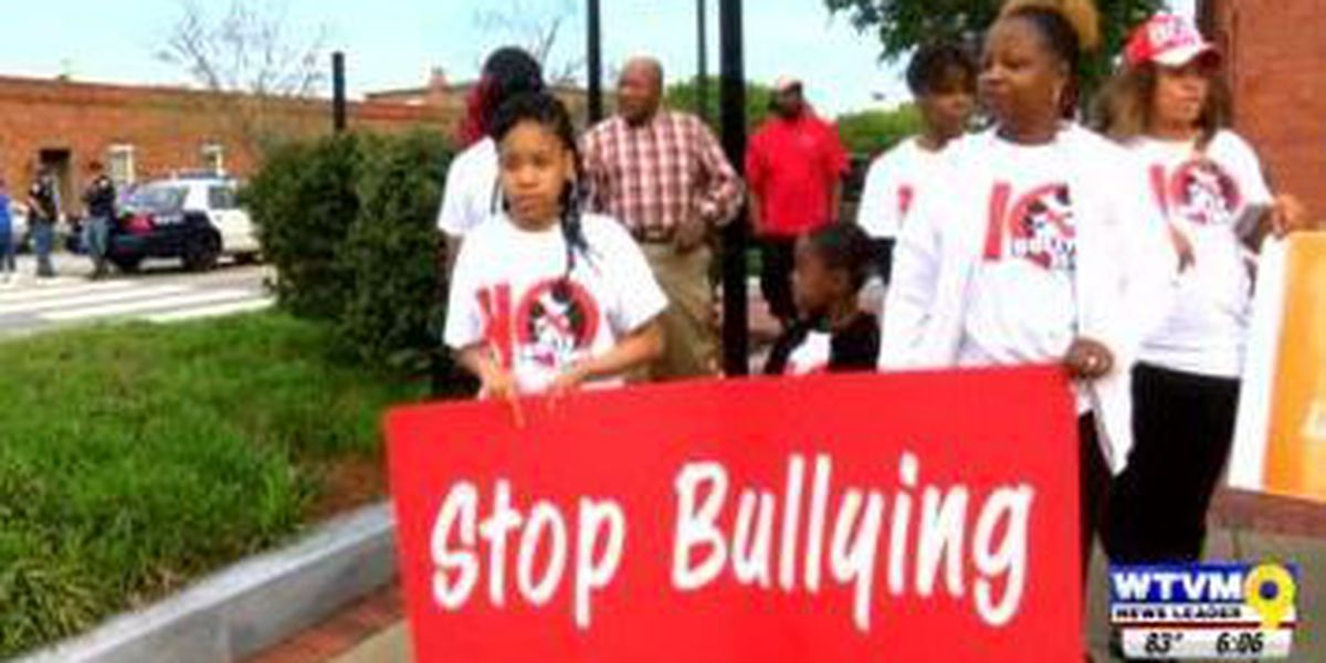 Community leaders host walk for Anti-Bully Campaign